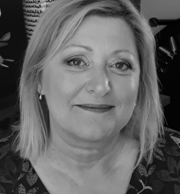 Profile image Lynda Pedley